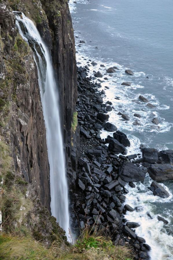 kilt rock waterfall isle of skye scotland uk