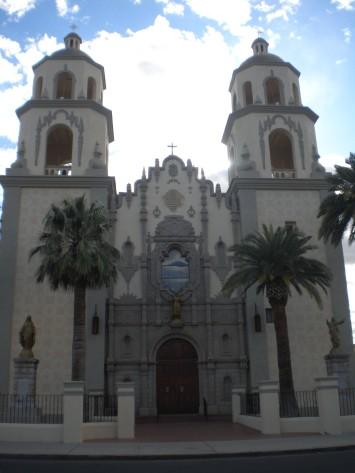 Tucson, Church