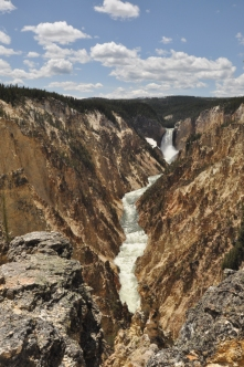 Yellowstone National Park, waterfall
