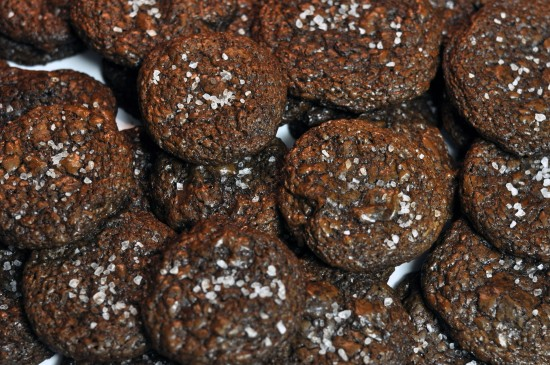baking, recipes, salted chocolate espresso cookies