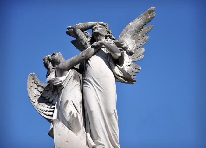 Meterarie cemetery, New Orleans, Louisiana, Angels