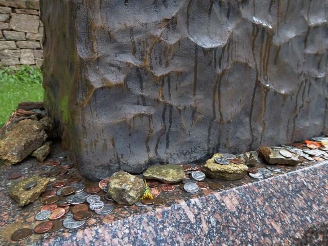 Wild Bill Hickok, Deadwood, South Dakota, Moriah Cemetery, coins