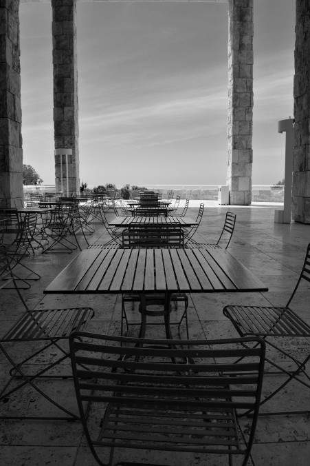 outdoor table and chairs, black and white